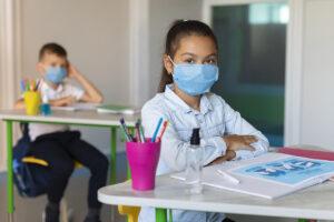 vacuna covid en centros educativos